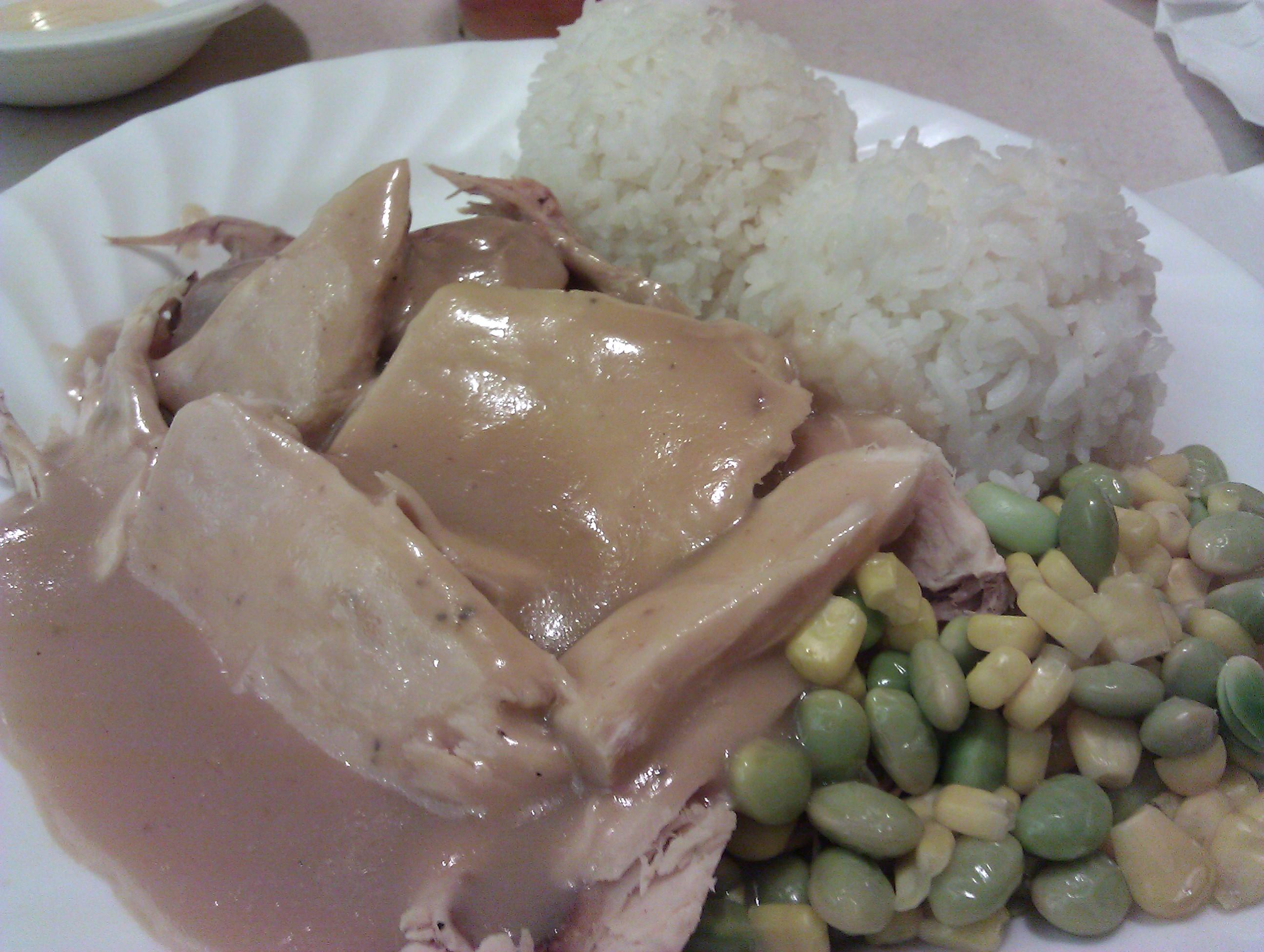 The ParkRat FoodPosse Visits Zippys Kahala for Dinner (@zippys)