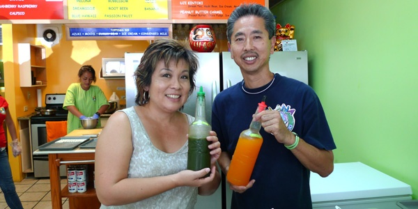 Hawaii IRL: @melissa808 Visits with Gene of Ailana Shave Ice