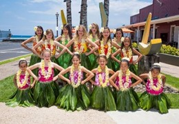 The Outlets of Maui Hula-la! Tweet up and Meet up with our keiki halau! Live on April 11, 2015 at 5:00pm HST (@theoutletsmaui)