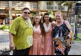 Na Mele No Na Pua with Robi Kahakalau Live at Waikiki Beach Walk Recorded on 10/25/15